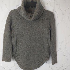 Cynthia Rowley chunky knit beige/gray sweater